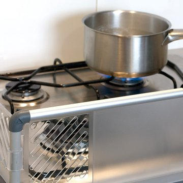Bebe Due - Zabezpieczająca osłona do płyty kuchennej Bebedue