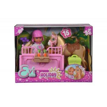 Simba - Lalka Evi na kursie jazdy konnej