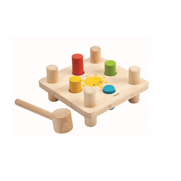 Drewniana plansza z kołkami i młotkiem, Plan Toys®