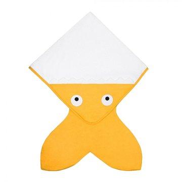 Baby Bites Ręcznik z kapturkiem Rekinek 75 x 75 cm musztardowy BABY BITES